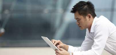 バーチャルオフィスPlusには、会社住所、郵便物取扱い、電話応対、ビジネスラウンジの利用などが含まれます