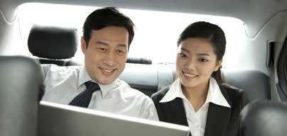 バーチャルアドレスを使って、会社宛ての郵便物の受け取りや、電話応対サービスを利用できます