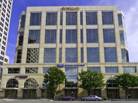 建筑位于Glendale450 North Brand Boulevard, Downtown, Suite 600 1
