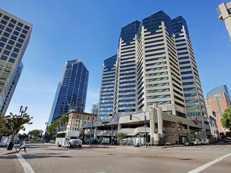 建筑位于San Diego402 West Broadway, Emerald Plaza, Suite 400 1