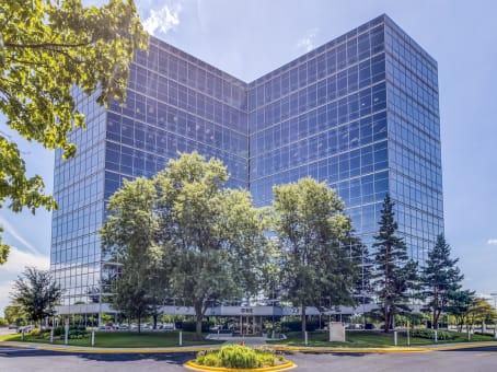 建筑位于WestchesterOne Westbrook Corporate Center, Suite 300 1