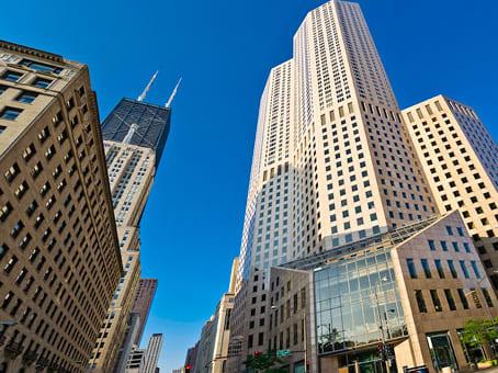 建筑位于ChicagoOne Magnificent Mile, 980 North Michigan Avenue Suite 1400 1