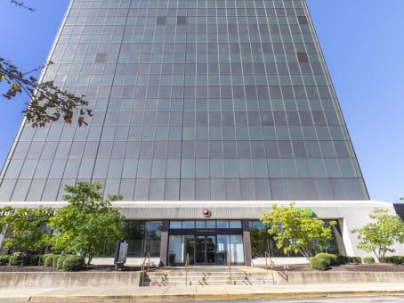 建筑位于St. Louis111 West Port Plaza, Maryland Heights, 6th Floor 1