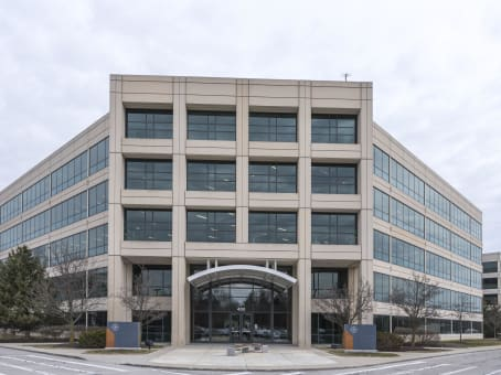建筑位于Carmel450 East 96th Street, Suite 500 1