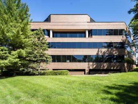 建筑位于Reston12020 Sunrise Valley Drive, Suite 100 1