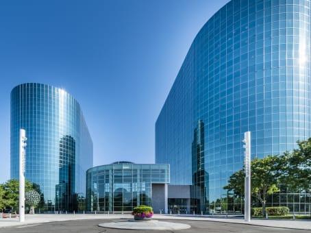 建筑位于Uniondale626 RexCorp Plaza, 6th Floor 1