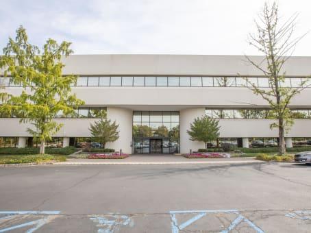 Gebäude in 1200 Route 22 East, Suite 2000 in Bridgewater 1