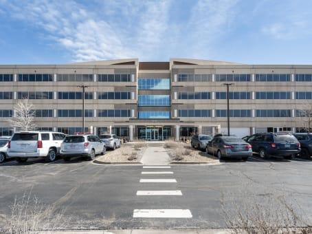 建筑位于Englewood9800 Mount Pyramid Court, Meridian, Suite 400 1