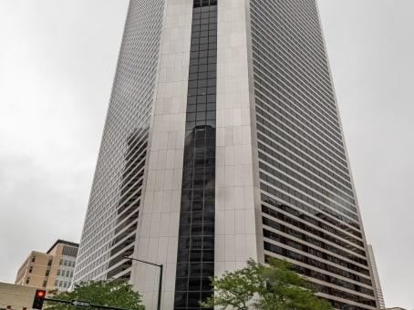Building at 999 18th Street, Suite 3000 in Denver 1