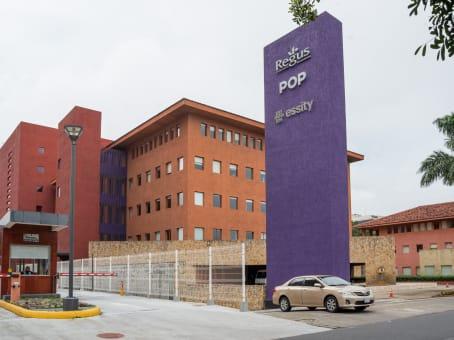 建筑位于San Rafael de EscazúCentro Corporativo Plaza Roble, Edificio 5 1