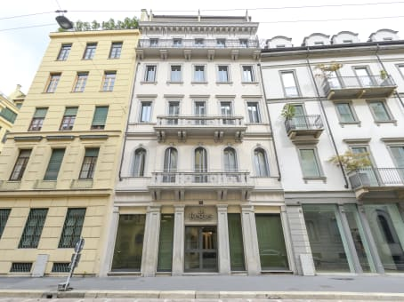 建筑位于MilanVia Monte di Pieta' 21 1