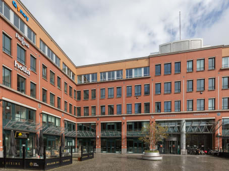 建筑位于Den BoschStationsplein 91 & 105, 1ste & 4de Verdieping 1
