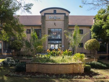 建筑位于JohannesburgBlock A, Wedgefield Office Park, 17 Muswell Road, South Bryanston 1
