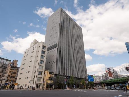 建筑位于Tokyo4-21-3 Shinbashi, 2F/3F Shinbashi Tokyu Bldg, Minato-ku 1