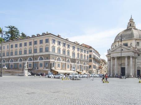 建筑位于RomePalazzo Valadier, Piazza del Popolo, 18 1