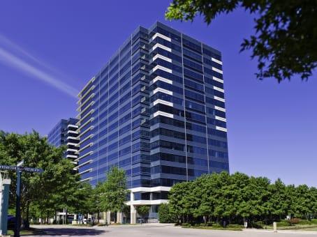 建筑位于Atlanta2002 Summit Boulevard, Perimeter Center, Suite 300 1