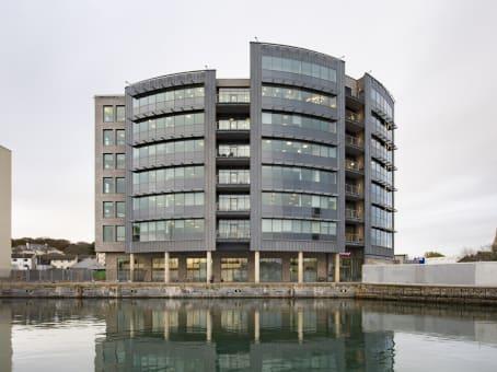 建筑位于Plymouth6 North East Quay, Salt Quay House, 4th Floor, Sutton Harbour 1