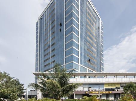 建筑位于MumbaiDev Corpora, Level 15, Eastern Express Highway, Thane 1