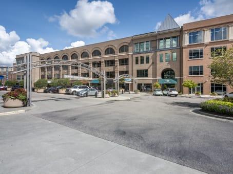 建筑位于Chapel Hill1340 Environ Way, Meadowmont 1