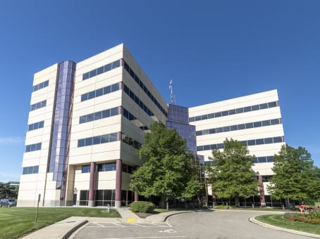 Building at 8383 Greenway Boulevard, Suite 600 in Middleton 1