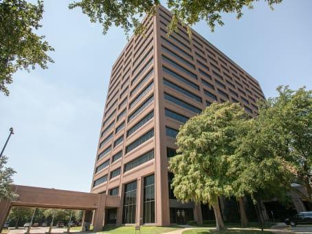 建筑位于Dallas9330 Lyndon B Johnson Freeway, Suite 900 1