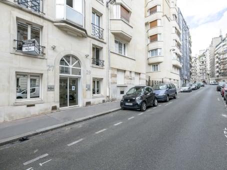 Building at 27/29 Rue Raffet in Paris 1