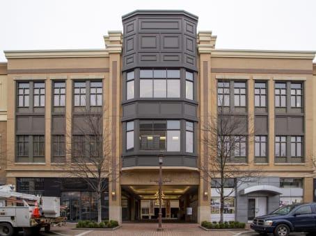 建筑位于Leawood5251 West 116th Place, Suite 200 1