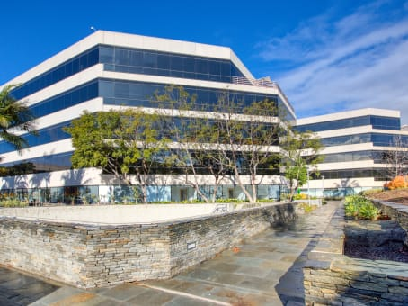Établissement situé à 2500 Broadway, Building F, Suite F-125 à Santa Monica 1