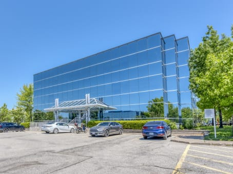 建筑位于Mississauga7111 Syntex Drive, 3rd Floor 1