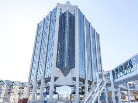 建筑位于Halifax1959 Upper Water Street, Purdy's Wharf, Tower 1, Suite 1301 1