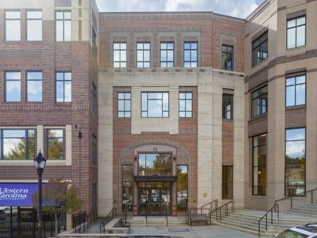 建筑位于Asheville28 Schenck Parkway, Biltmore Park Town Square, Building 2B, Suite 200 1