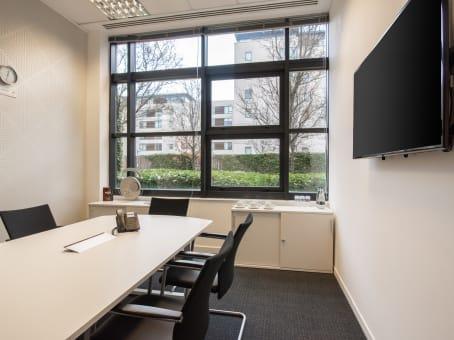 建筑位于CardiffFalcon Drive, Cardiff Bay 1