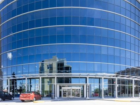 建筑位于Calgary1816 Crowchild Trail North West, One Executive Place, Suite 700 1