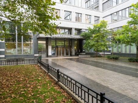 建筑位于BrusselsPlace Marcel Broodthaers / Marcel Broodthaersplein 8, South Center Titanium, 4° & 5° floor 1