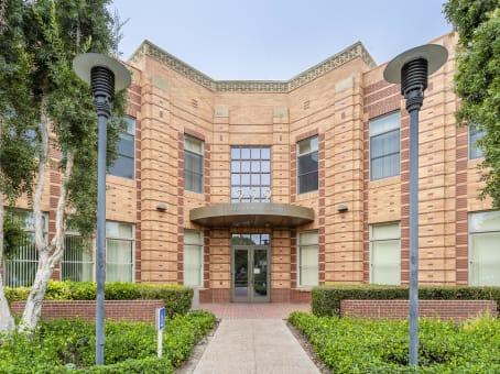 建筑位于Ladera Ranch999 Corporate Drive, Suite 100 1
