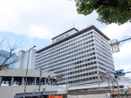 建筑位于Osaka1-1-4 Shibata, 16F Hankyu terminal building, Kita-ku 1