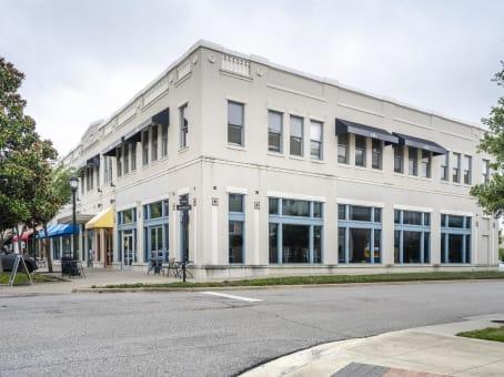 建筑位于Garland675 Town Square Blvd., Suite 200, Building 1A 1
