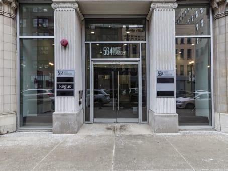 建筑位于Chicago564 West Randolph Street West, 2nd Floor 1