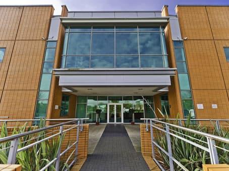 建筑位于Leeds1200 Century Way, Thorpe Park Business Park, Ground and 1st Floor, Colton 1