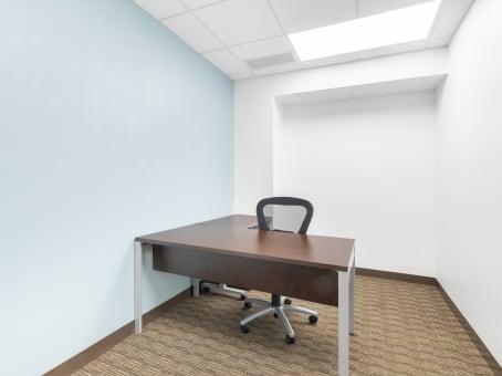 建筑位于Appleton4321 West College Avenue, Grand Chute, Suite 200 1