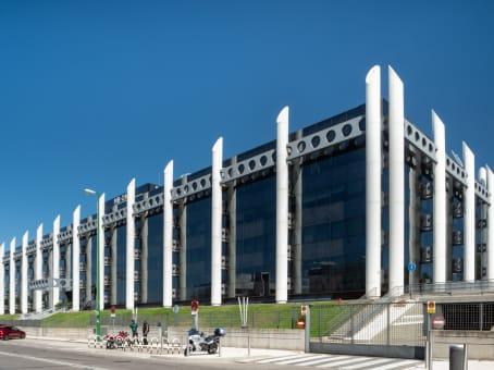 Building at Avda. de Europa 19, 3A, Parque Empresarial La Moraleja, Alcobendas in Madrid 1