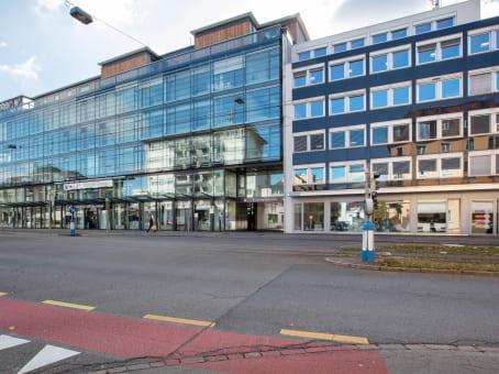 建筑位于Zurich1st & 3rd floor, Badenerstrasse 549 1