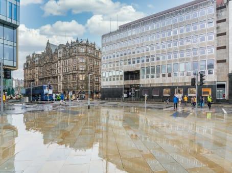 建筑位于Edinburgh9-10 St. Andrew Square 1