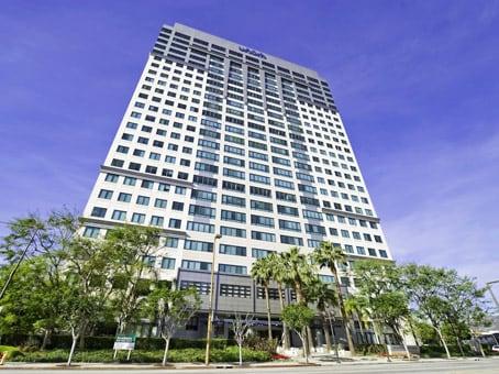 建筑位于Glendale655 North Central Avenue, Glendale Plaza, 17th Floor 1