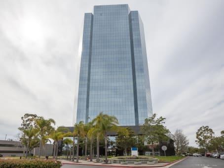 建筑位于Oxnard300 East Esplanade Drive, 9th Floor 1