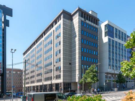 Lokalizacja budynku: ulica 65 Rue des Trois Fontanot, Nanterre 1