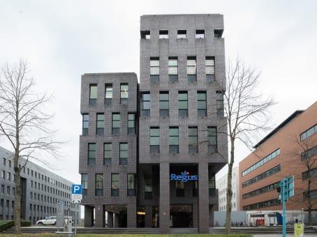 建筑位于MaastrichtRobert Schumandomein 2, Begane Grond & 2de Verdieping 1