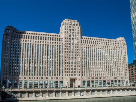 建筑位于Chicago222 Merchandise Mart Plaza, 12th Floor 1