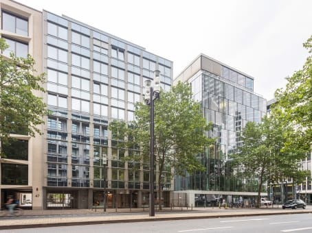 建筑位于FrankfurtMainzer Landstrasse 49 1