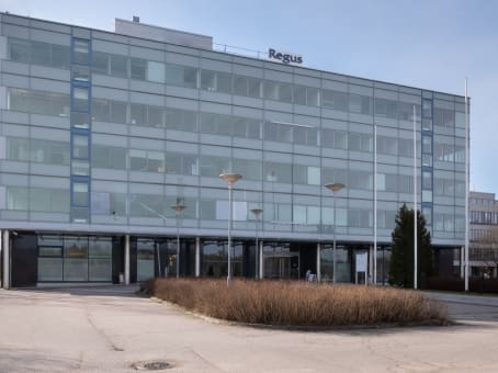 Gebäude in Sinimäentie 8 B, 1st Floor in Espoo 1